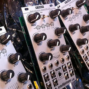 Eurorack News: Intellijel Dr. Octature, Doepfer Quad Decay, Pittsburgh Oscillator